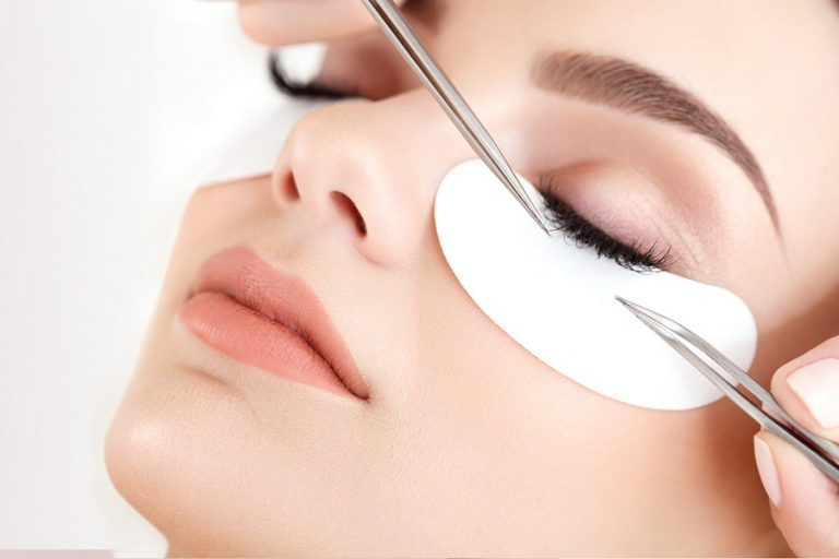 Eyelash extension choosing training course