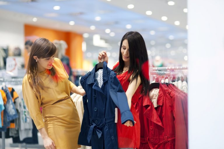Five Ways Fashion Retailers Can Empower Their Staff to Be Stylists