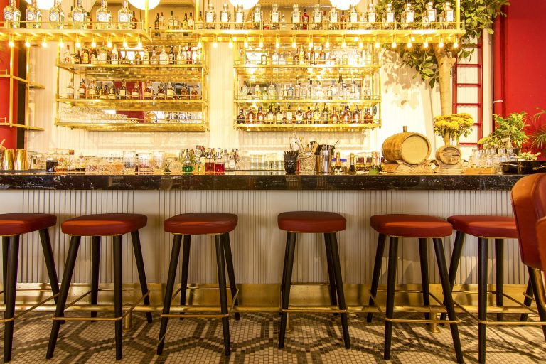 Deciding Whether and How to Upholster Your Bar Stools
