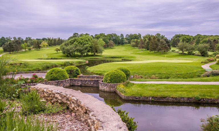 5 things to think about when planning a golfing trip