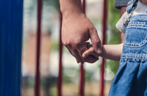 How to Improve Your Bond With Your Child (And Have Fun!)