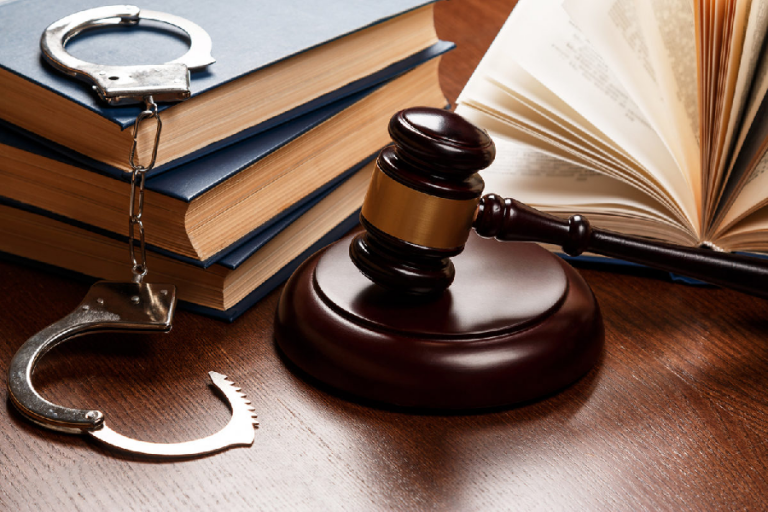 How to Tell if You Need the Service of a Criminal Lawyer in Knoxville