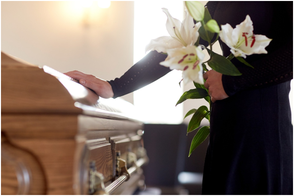What to Know Before Planning a Funeral Service