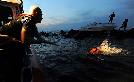 What Can Cause a Boating Collision and What to Do After It?