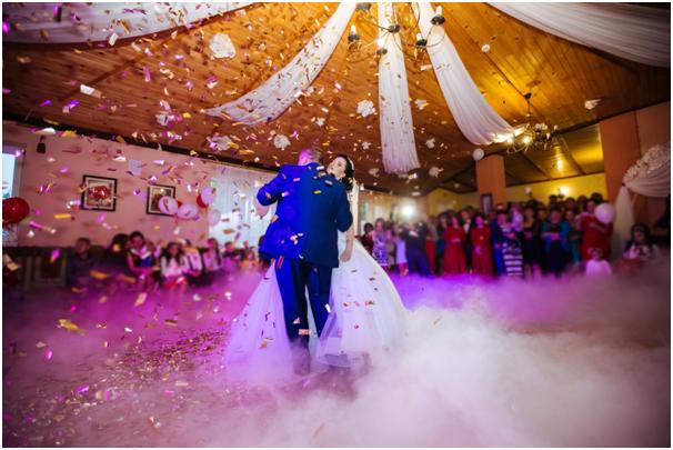 Top 5 Factors to Consider When Choosing a Wedding Planner