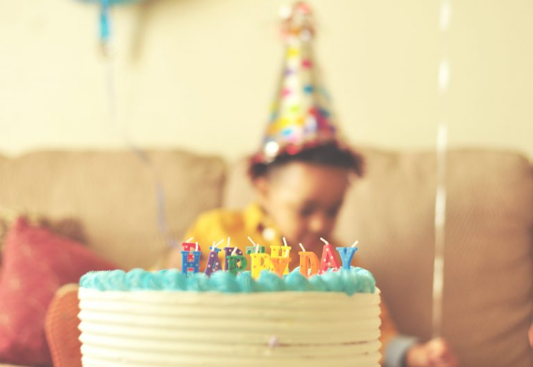 5 Tips to Prepare for Your 25th Birthday at Home